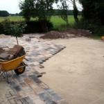 bestrating tuinaanleg koppelstone halfsteensverband